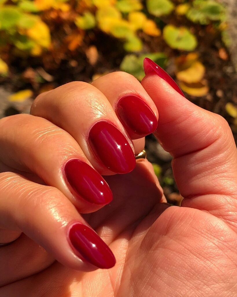 apple red back to school nail art